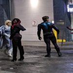 Fotos de bastidores revelam o uniforme do Asa Noturna em Titans