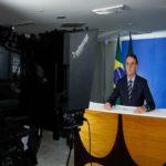 Contra fala de Bolsonaro, estados anunciam que vão manter aulas suspensas