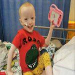 Menino de 4 anos com câncer raro se cura do coronavírus