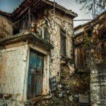 Casa assombrada é castigo para quem furar quarentena na indonésia