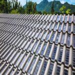 'Telha solar' da Eternit é aprovada no Brasil; cada uma gera 9 W