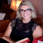 Associação TRANquilaMENTE lança cartilha e livro, escritos pela psicóloga Vanessa Jaccoud, para falar sobre transgeneridade
